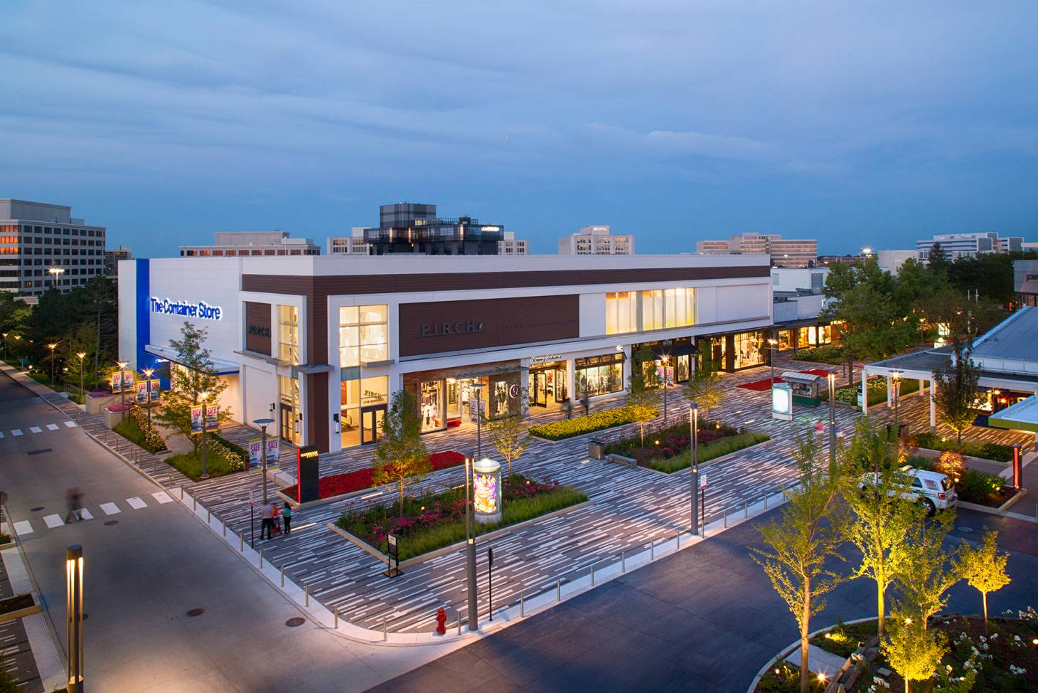 Oakbrook Mall Hours >> Oakbrook Center Faces Down A Retail Revolution Icsc International